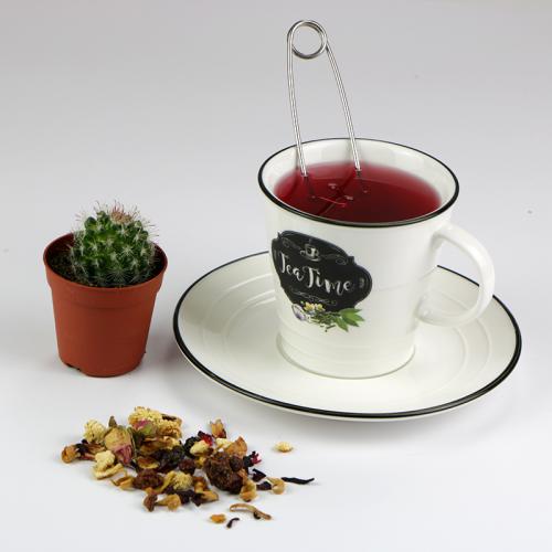 Tea time teáscsésze alátéttel és teaszűrő kanál