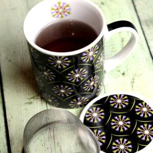 Fekete - arany szűrős kerámia teás bögre fedővel