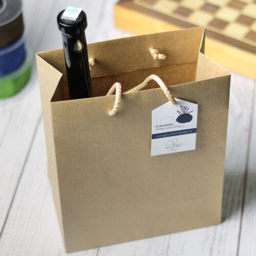 Kraft zsinórfüles papírtáska, ajándéktáska