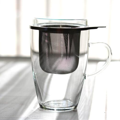 Üveg teáscsésze szűrővel és tetővel